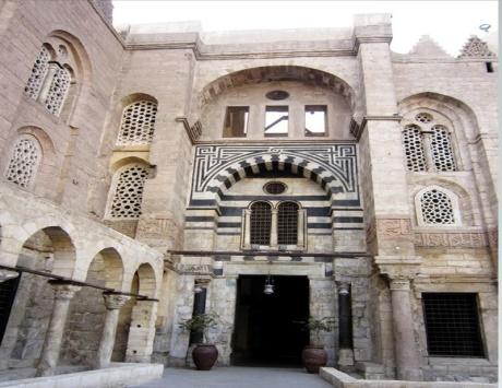 المستشفى المنصوري الذي بناه منصور بن قلاون
